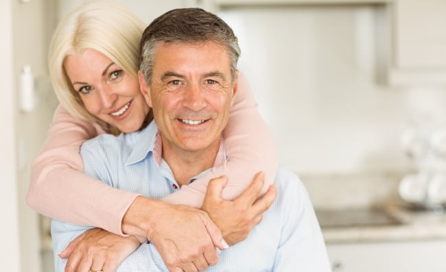 Couple-Looking-For-Medicare-Supplement